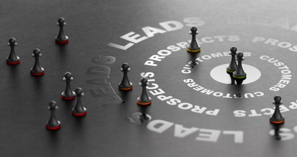 peões de xadrez representando prospecção de leads
