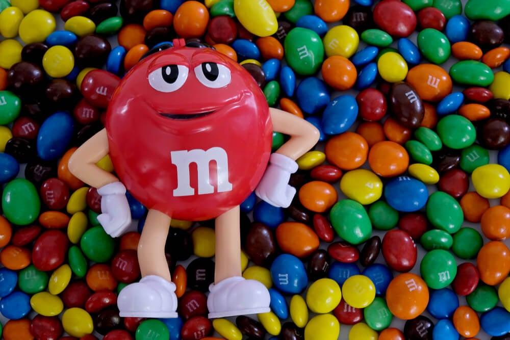 cores e a marca M&M's