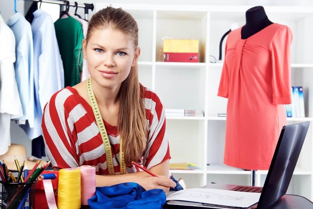 mulher e negócio próprio de moda