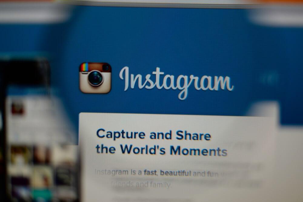 tela de computador no aplicativo instagram