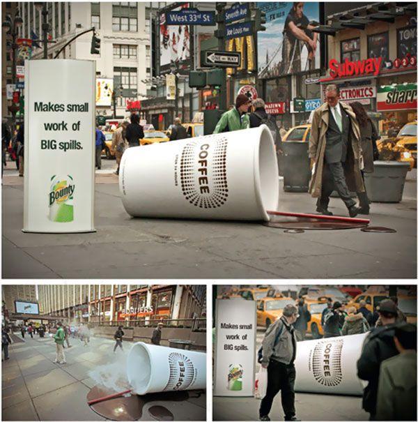 copo gigante do marketing de guerrilha da marca big spills