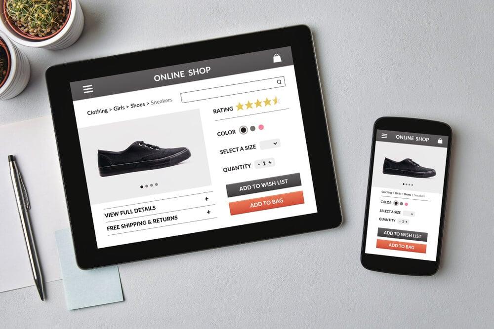 loja virtual de roupas em tablet