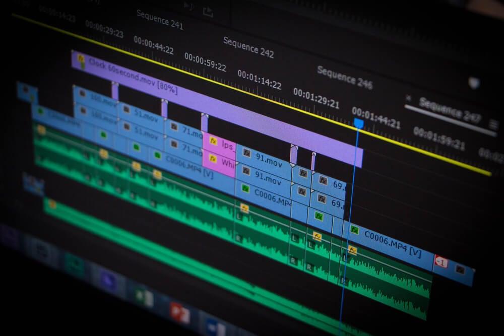 programa de ediçao de video em tela de computador
