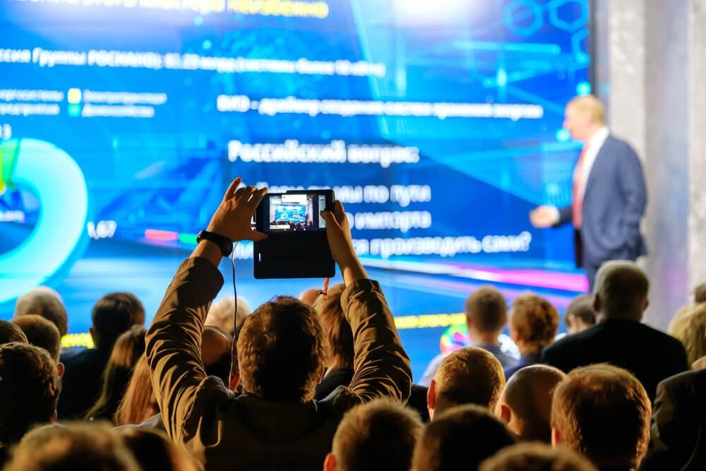 transmissão de evento pelo facebook live