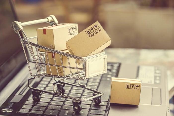 imagem compras na internet referente a e-commerce