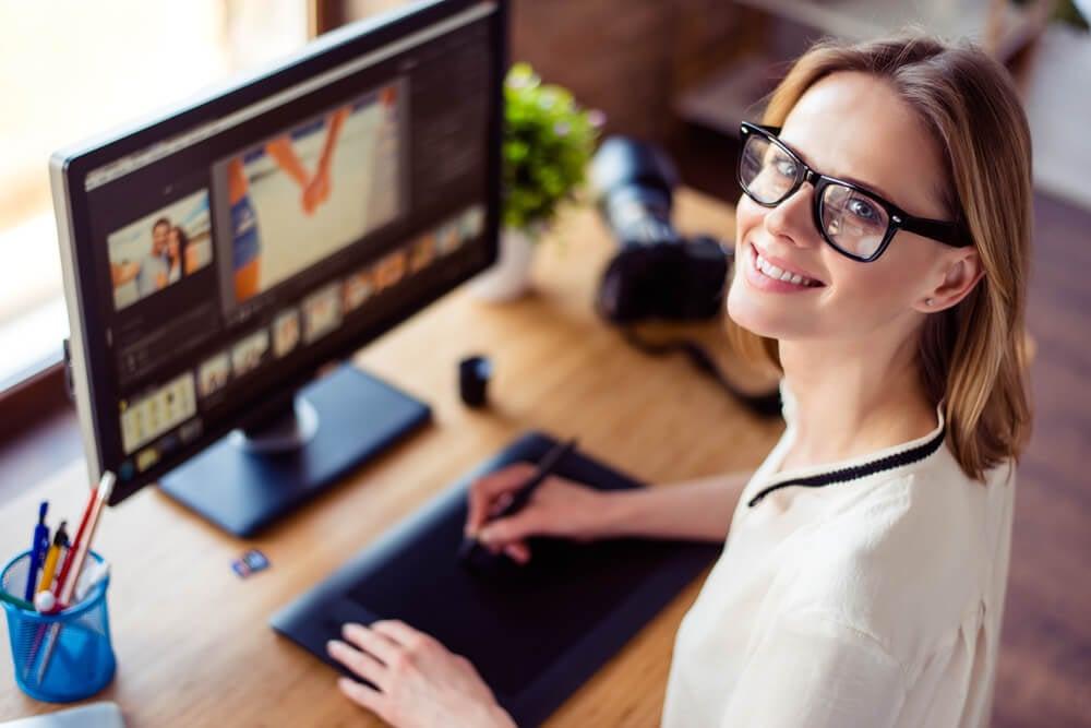profissional de webdesigner na prática do trabalho