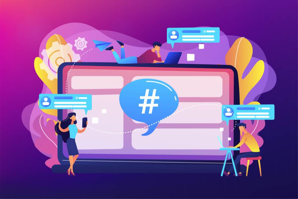 ilustração co hashtags e pessoas acessando seus smartphones