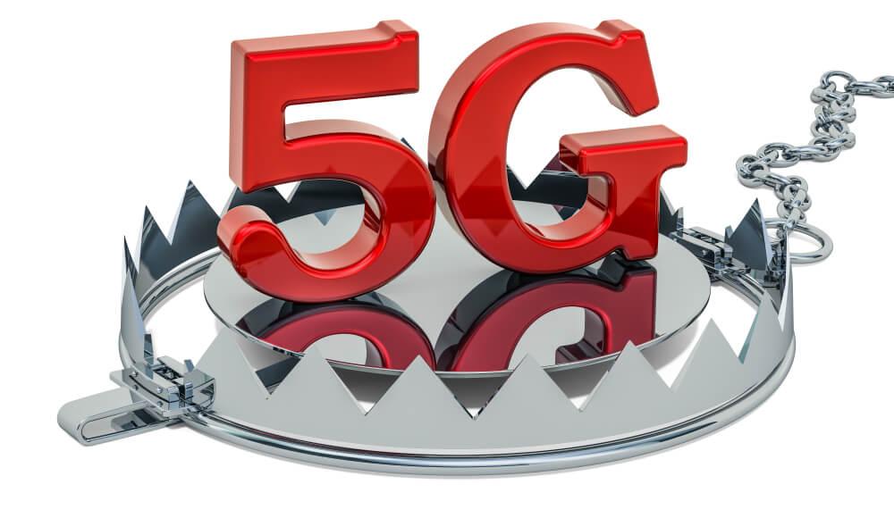 letras vermelhas montando 5G no meio de armadilha