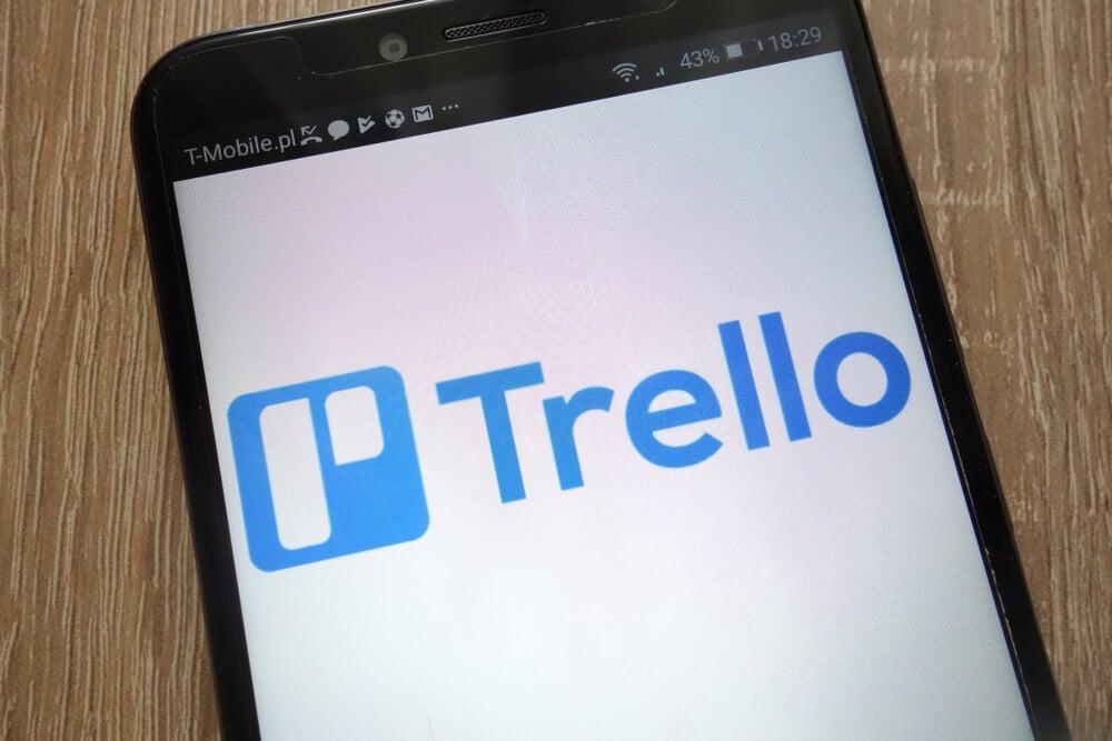 tela de início do app Trello para smartphone