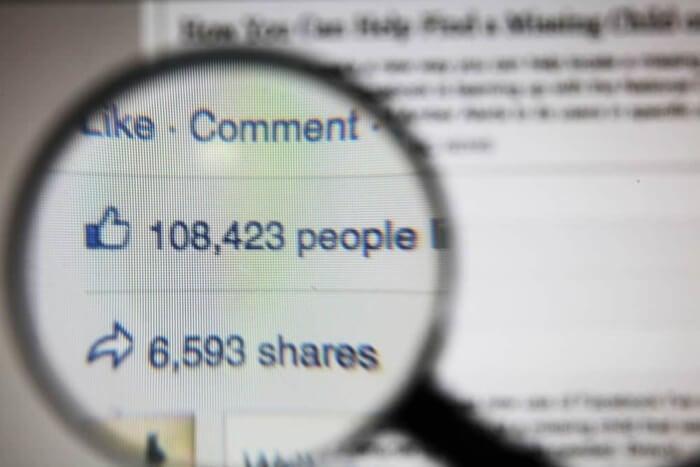 compartilhamentos e likes de publicação no facebook