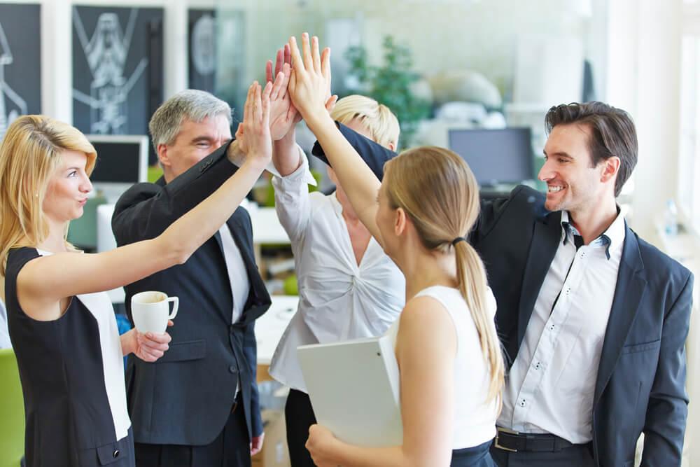equipe executiva motivada em empresa