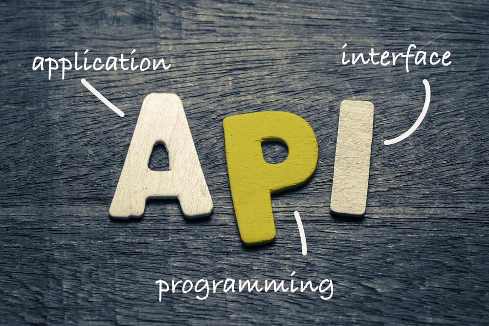 ilustraçao da palavra API com assuntos relacionados