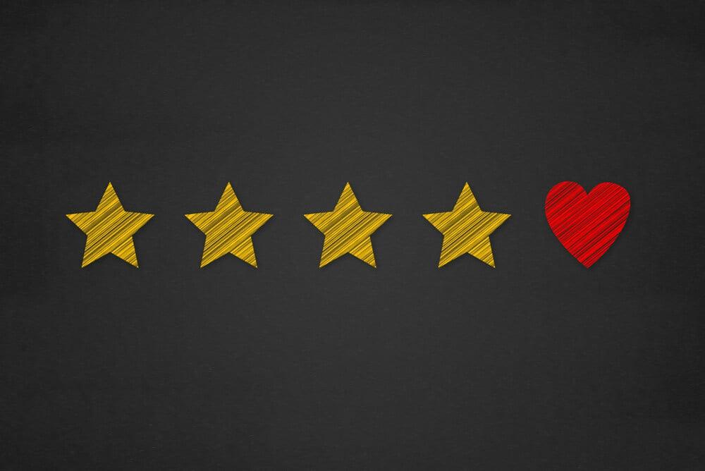 ilustração de classificação com estrelas e coração