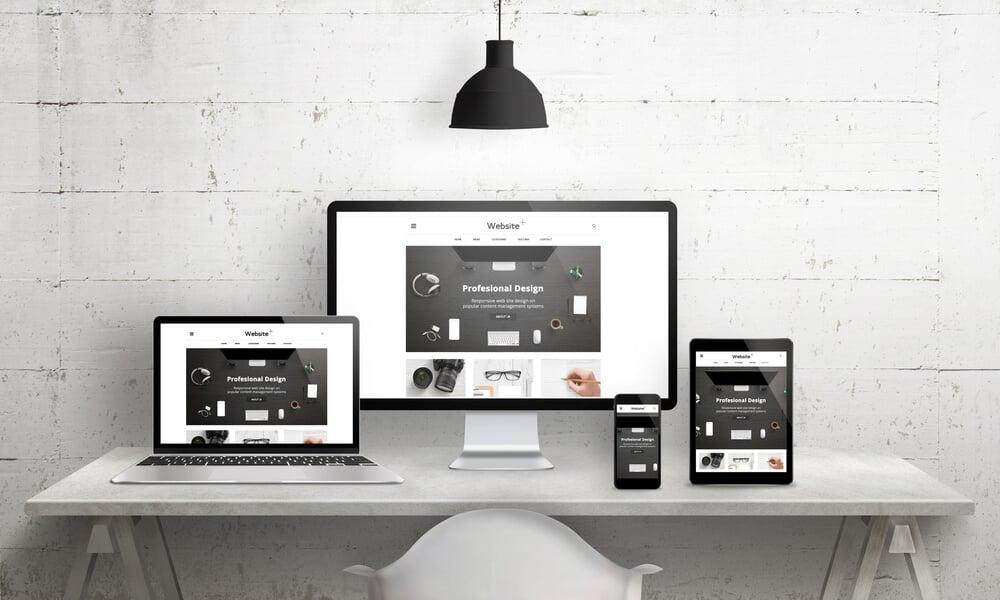 site responsivo em diversos dispositivos diferentes