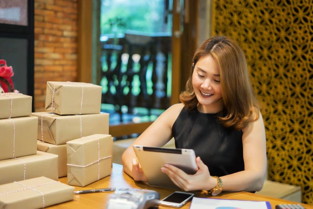 dona de negócio de vendas online