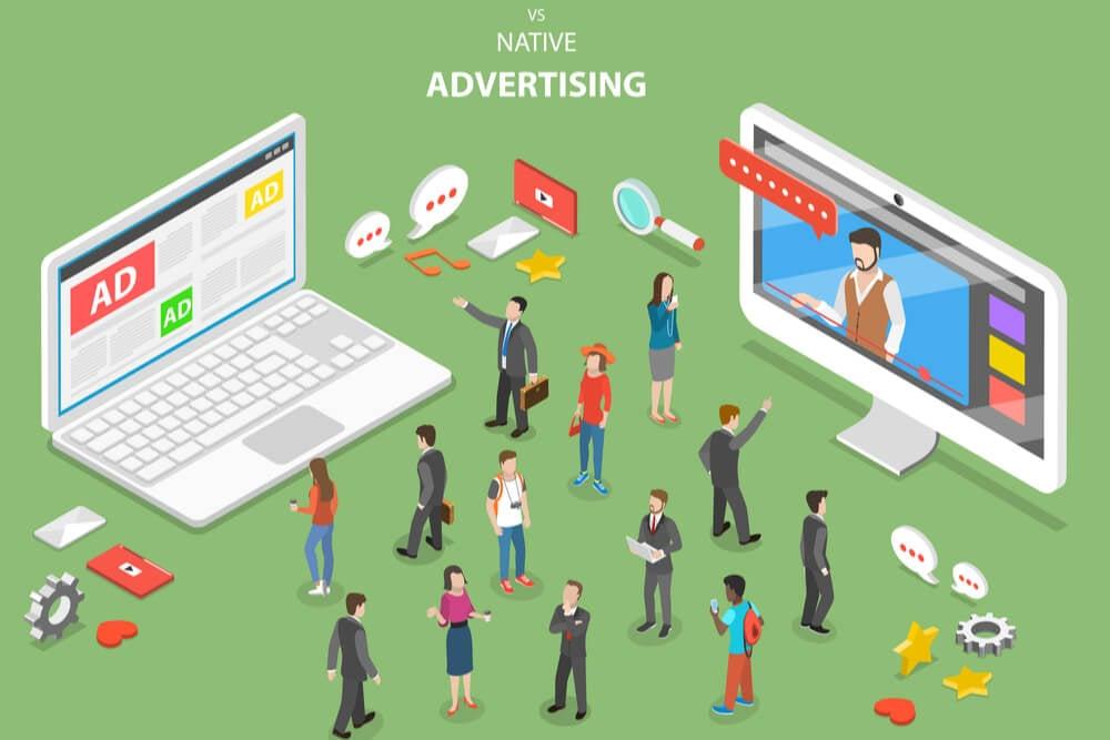 ilustraçao demonstrando laptop e pequenas pessoas simbolizando planejamento de campanha de native ads