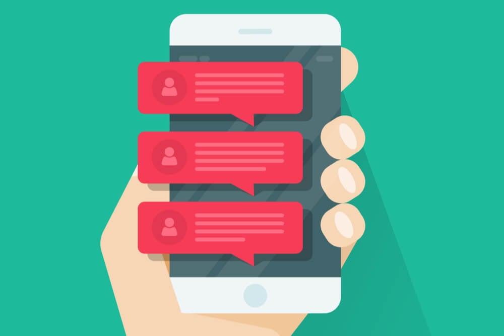 ilustraçao demonstrando smartphone com notificaçoes push em tela