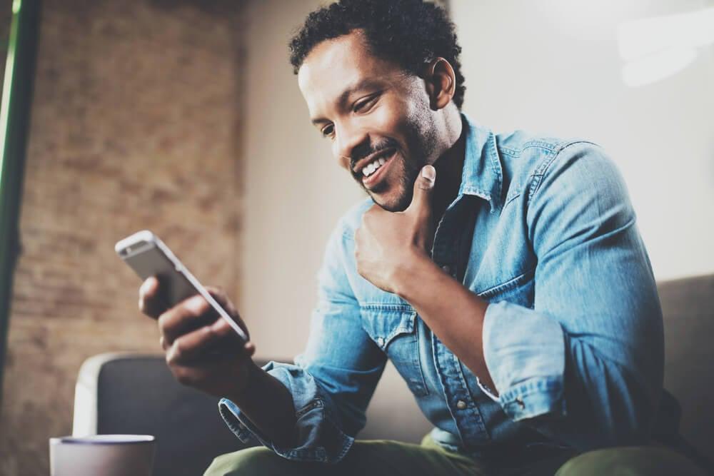 profissional de marketing mobile