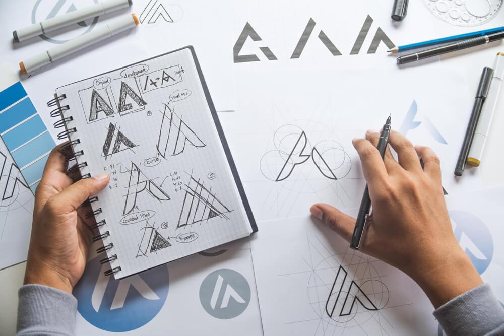 profissional em criação de logomarca