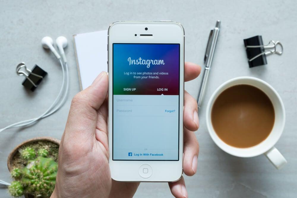 tela de login do aplicativo mobile instagram