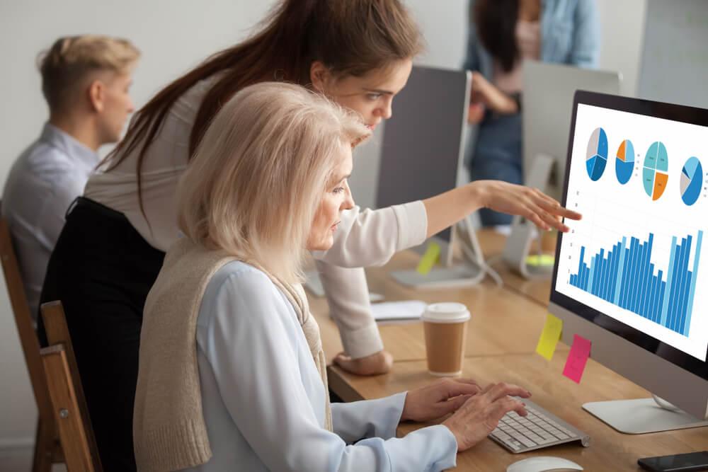 análise de gráficos por parte do profissional de marketing