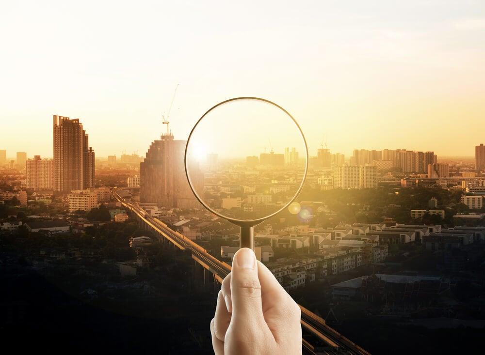 lupa representando visão em empresas