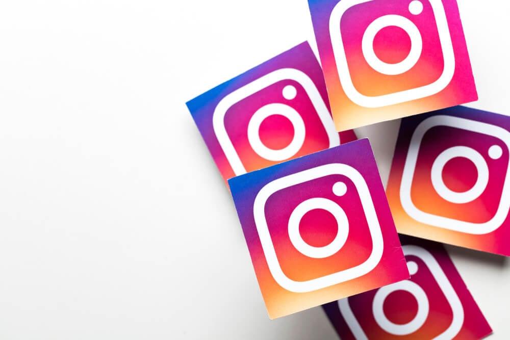 simbolos do icone do aplicativo instagram em fundo branco