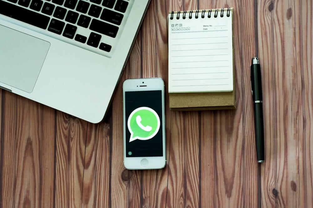 whatsapp no smartphone par atendimento ao cliente