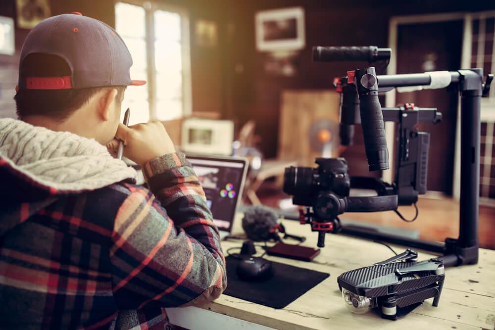 youtuber como exemplo de área de atuação do profissional de marketing digital