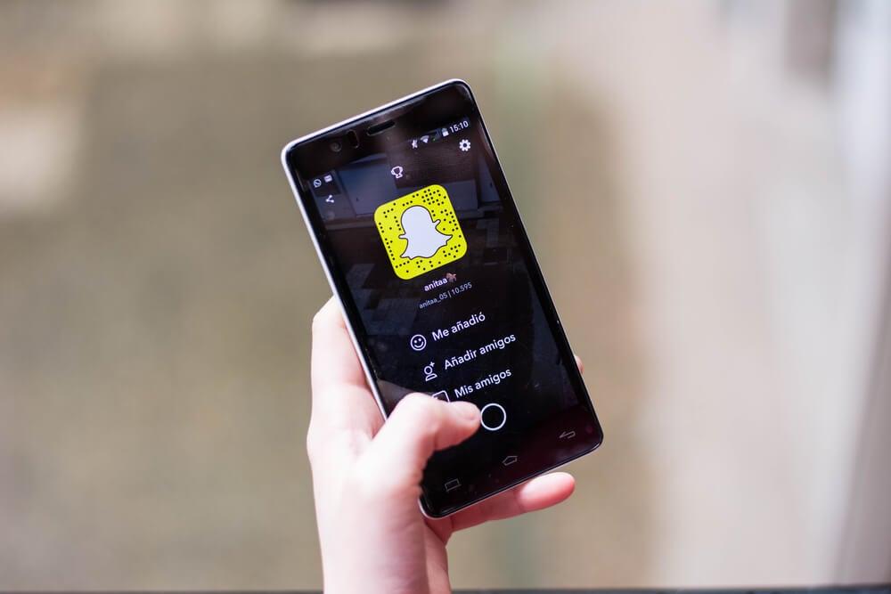 aplicativo snapchat em tela de smartphone