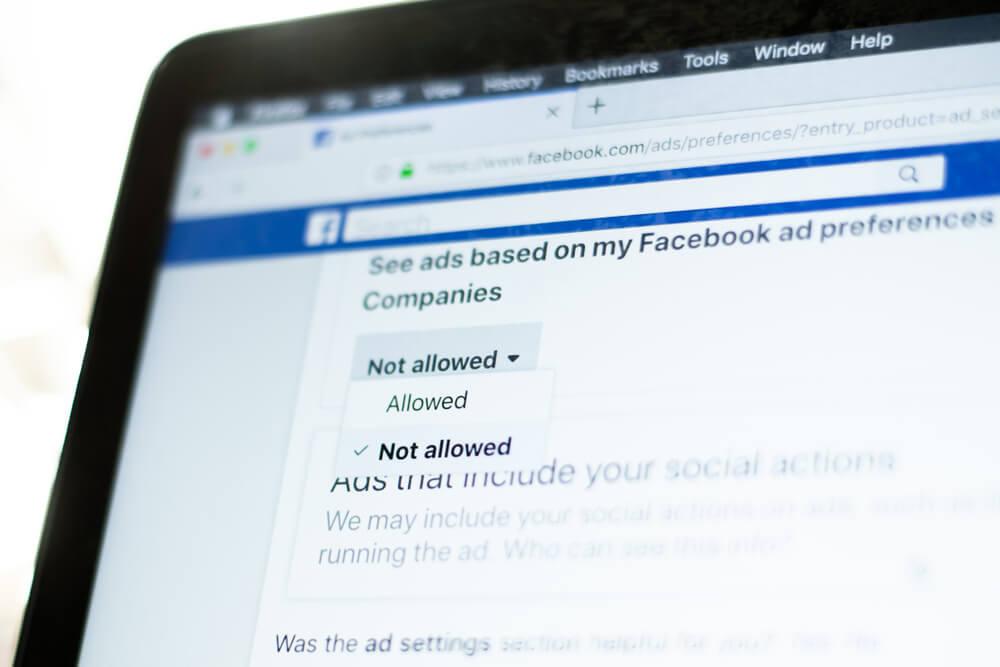 configuraçoes de pagina na plataforma facebook