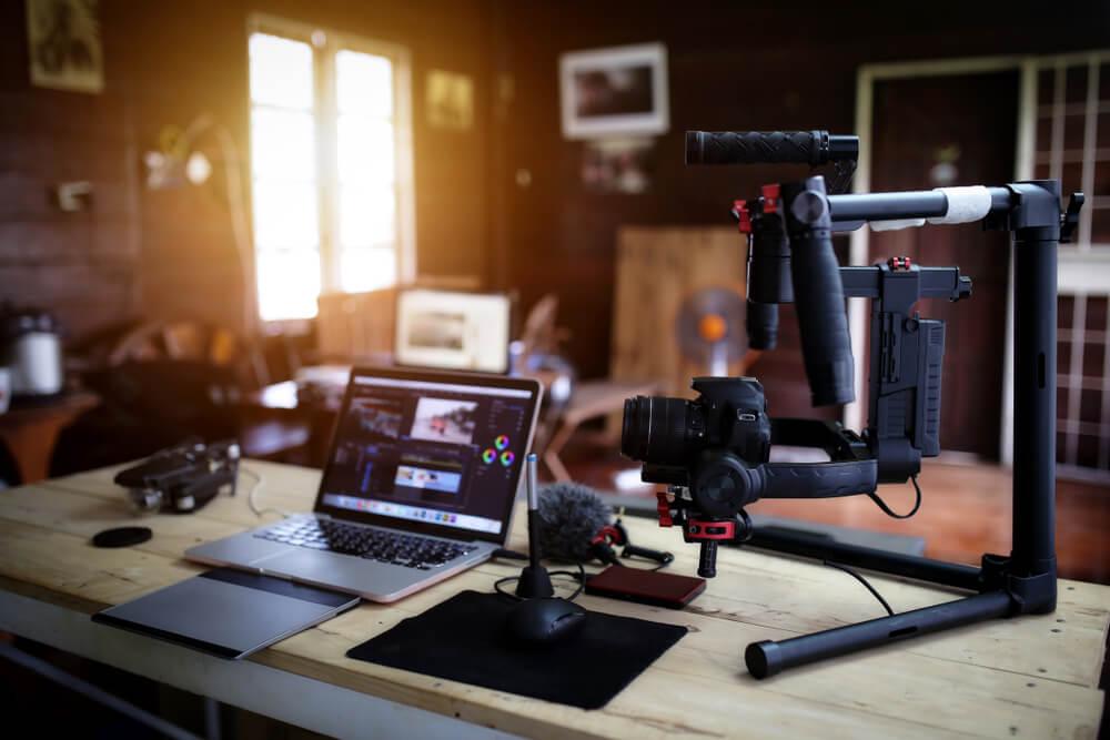 equipamentos para criaçao e ediçao de video em plataformas digitais