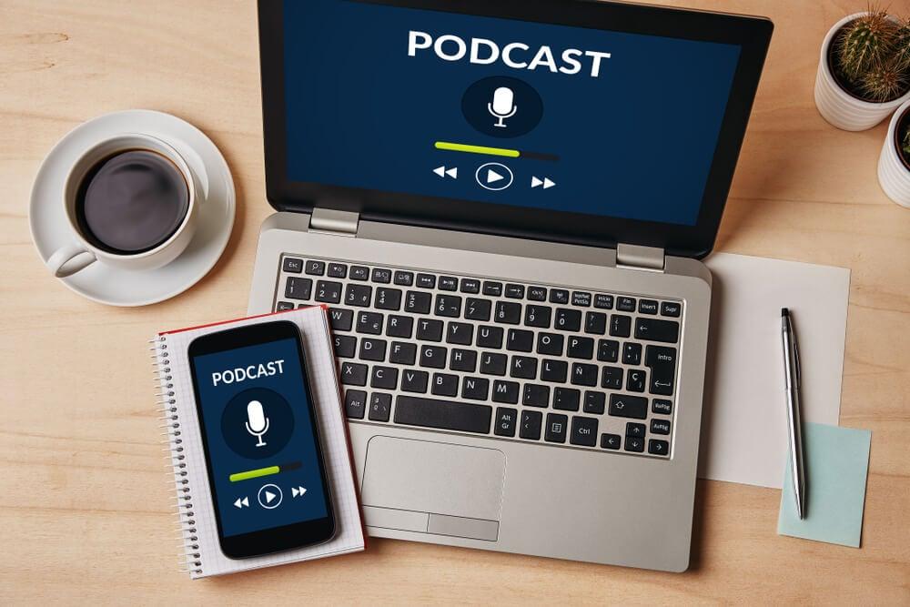 criação de podcast na estratégia e ideias de marketing