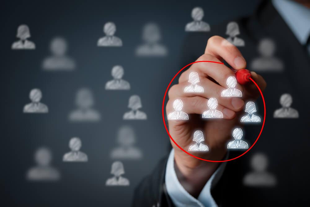 definição de público-alvo para proposta a empresa para parcerias
