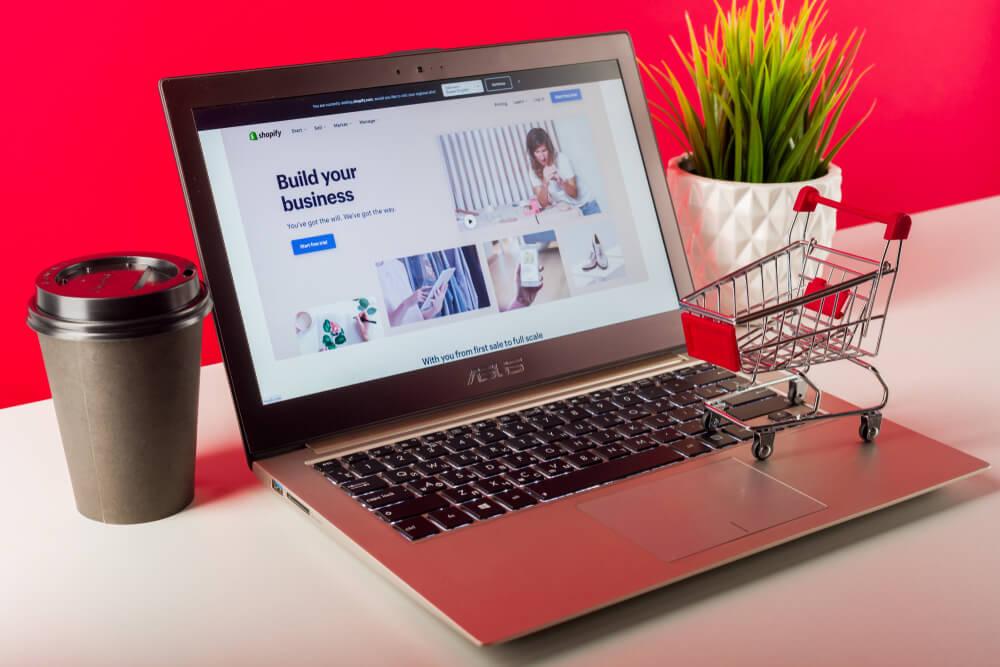 exemplos de sites que utilizam o shopify