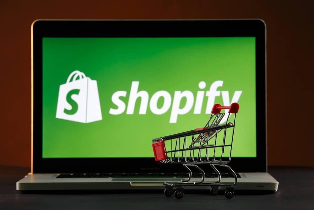 vantagens e desvantagens da plataforma shopify