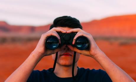 7 hinterlistige Wege, um Deine Mitbewerber mit Twitter auszuspionieren